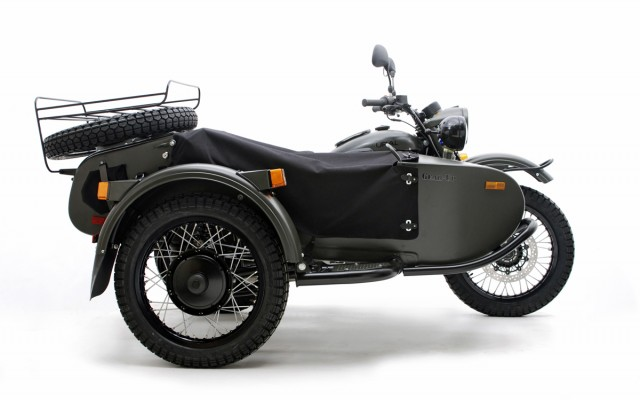 Motocicleta cu atas Ural Gear-Up by Irbit MotorWorks of America